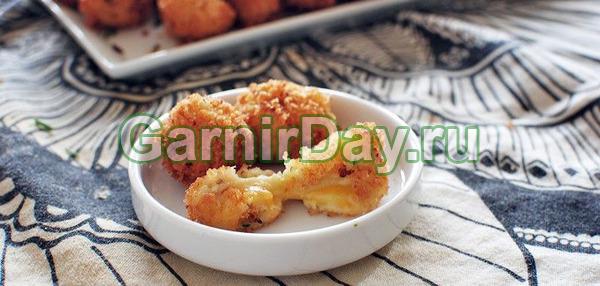 Картофельные шарики с адыгейским сыром во фритюре